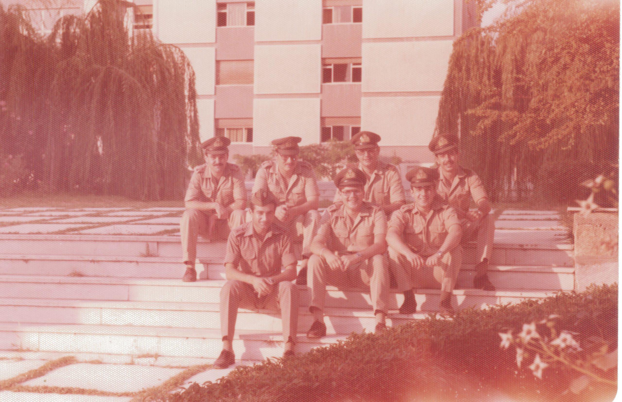 fwto 1977 oikonomikoi4